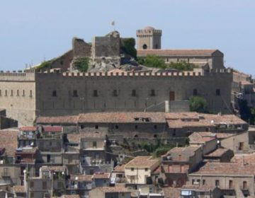 castello-montalbano